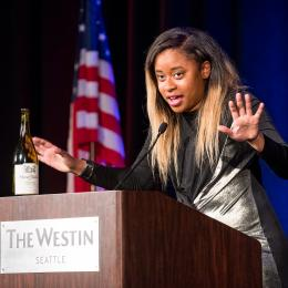 Photo of comedian Phoebe Johnson speaking at the 2016 ACLU of Washington Bill of Rights Dinner